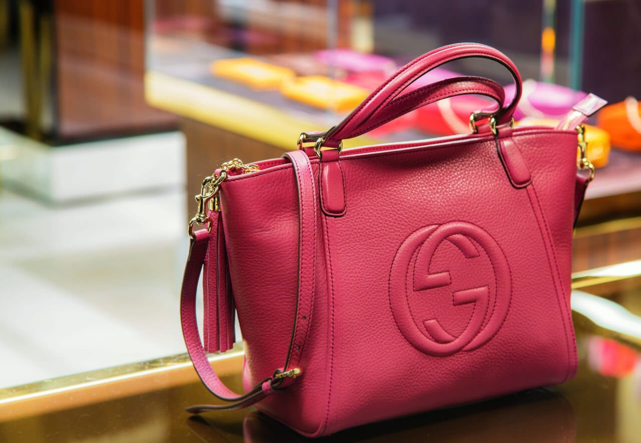 Handbags in a Gucci store in old block of venice center