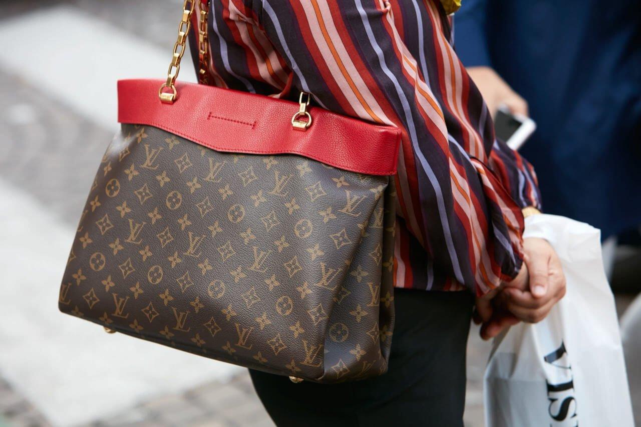 prezzo è un altro indicatore della genuinità della borsa Louis Vuitton