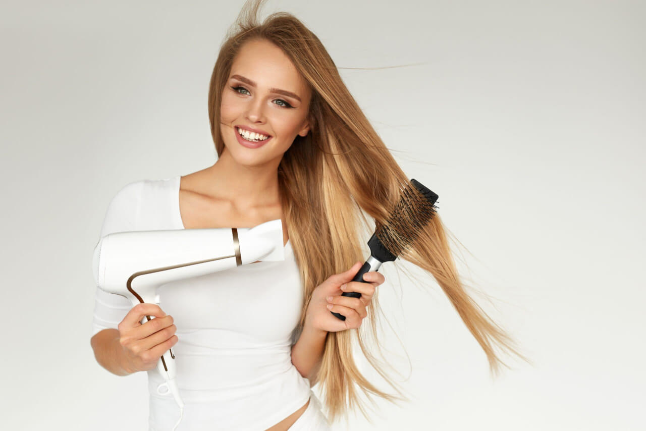 Asciugare i capelli gli accessori must-have