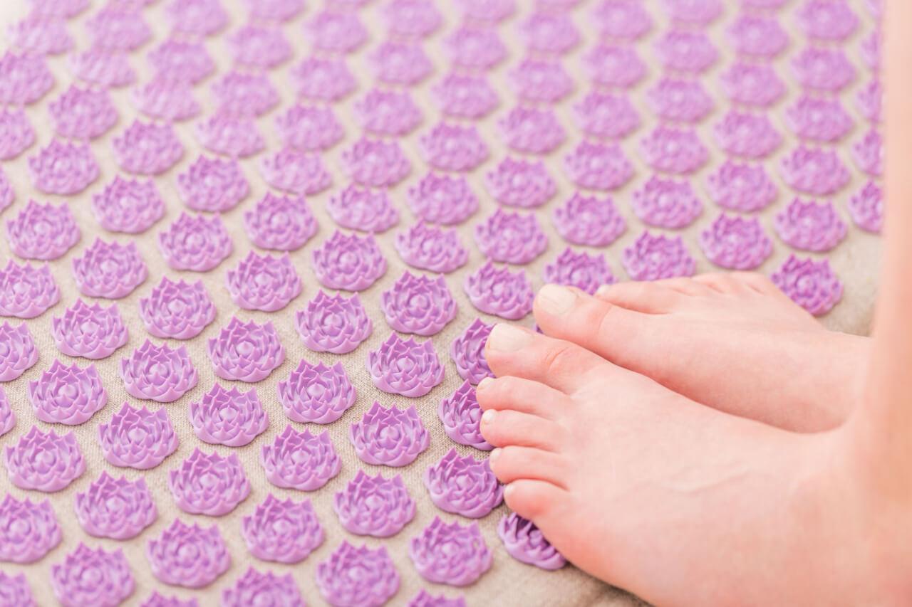 Esistono diversi tipi di tappetini per agopressione